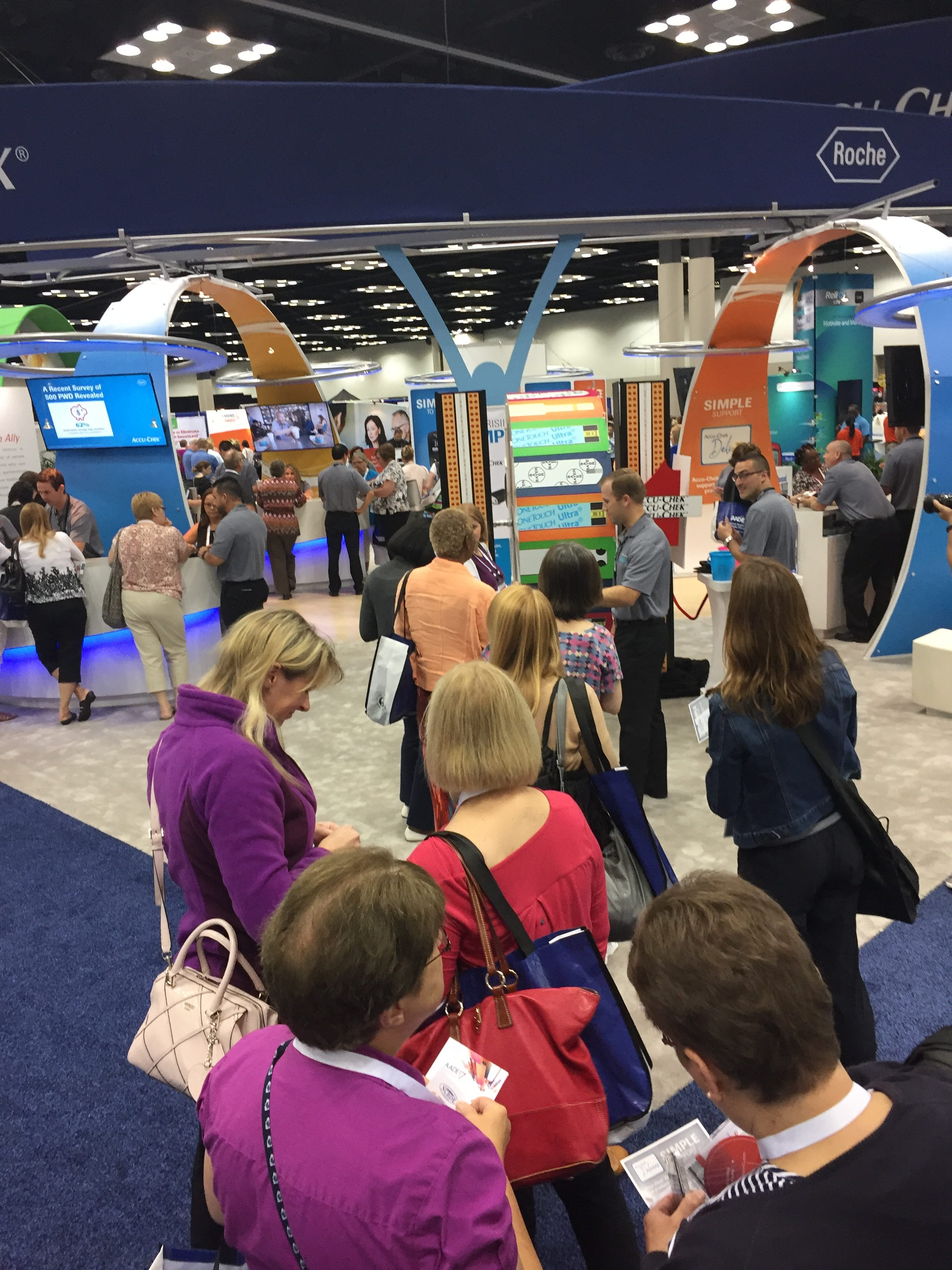 Price is right wheel, Trade Show Traffic Builder, Trade Booth Traffic Ideas